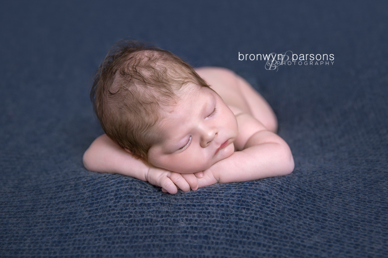 Newborn Photography Hands under Chin Pose